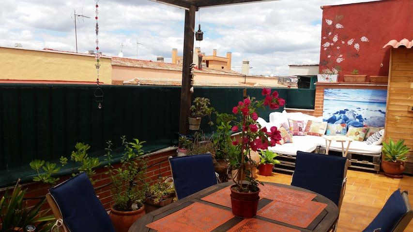 Tranquilo Atico con terraza espectacular - Madrid - Wohnung
