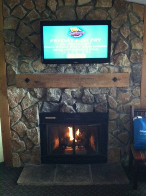 Living room TV and fireplace