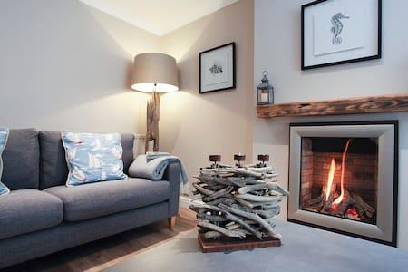 Drifwood Cottage,Luxury Cottage - Lytham (PARKING) - Lytham  - Hus