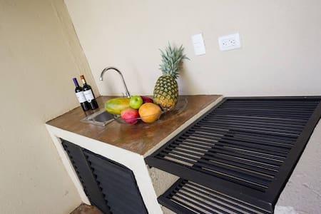 SJO Airport, Mi Casa su Casa B&B. - Alajuela  - Bed & Breakfast