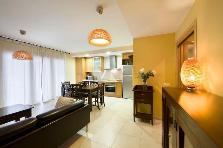 APT. 4 PAX A 2 KM MONASTERIO POBLET - L'Espluga de Francolí - Apartment