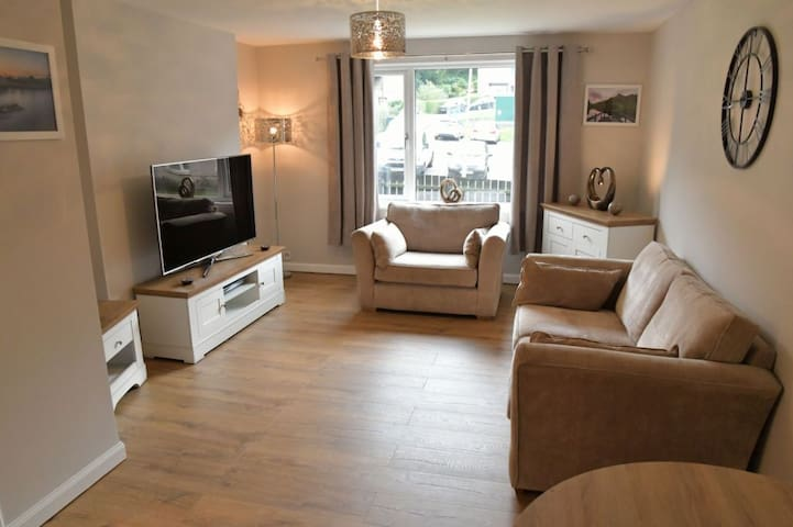 Cosy 2 bedroom apartment close to town center