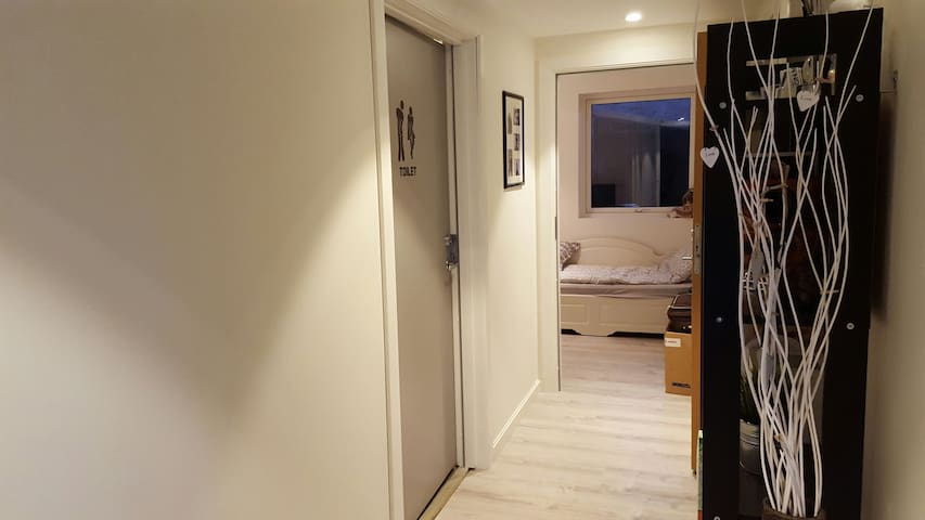 Private room,beautiful surroundings - Kristiansand - Appartement