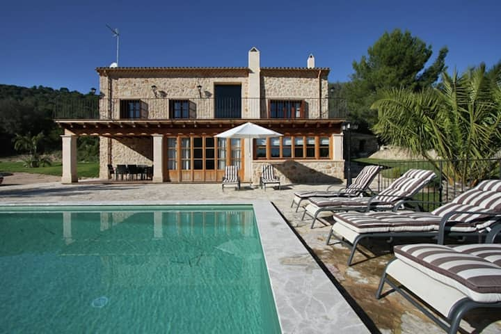 Enticing Holiday Home in Petra Majorca with Private Pool