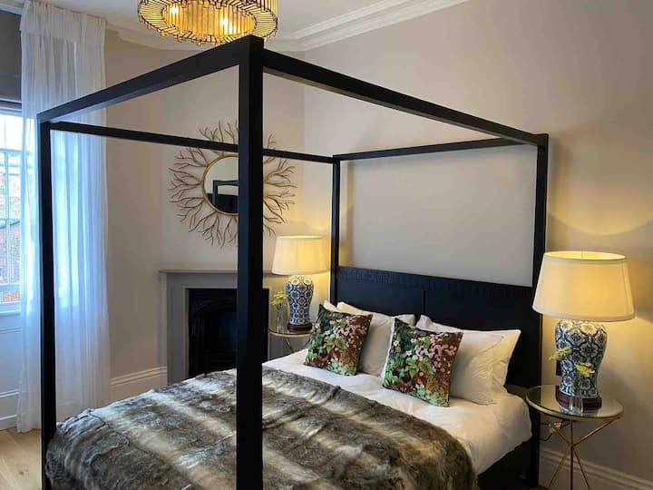 Luxury Boutique Apartment in Chester City Centre 3