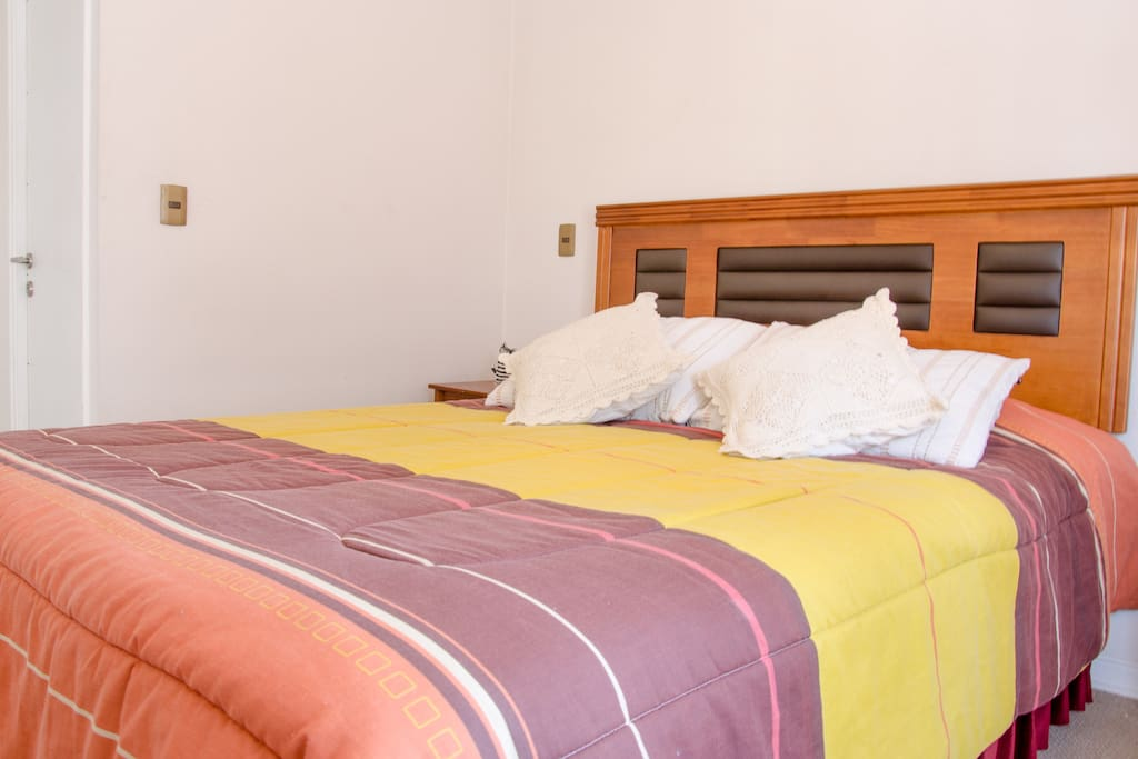 American Plaza Rooms For Rent