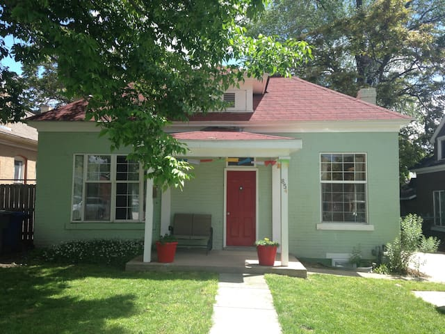 Charming 4bd bungalow in 9th and 9th district - Salt Lake City - Bungalou