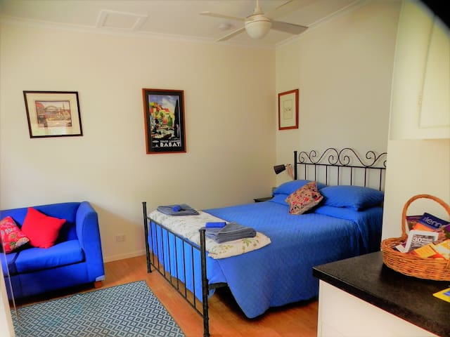 Birdsong at Byron - central, cute and quiet - Byron Bay - Apartamento