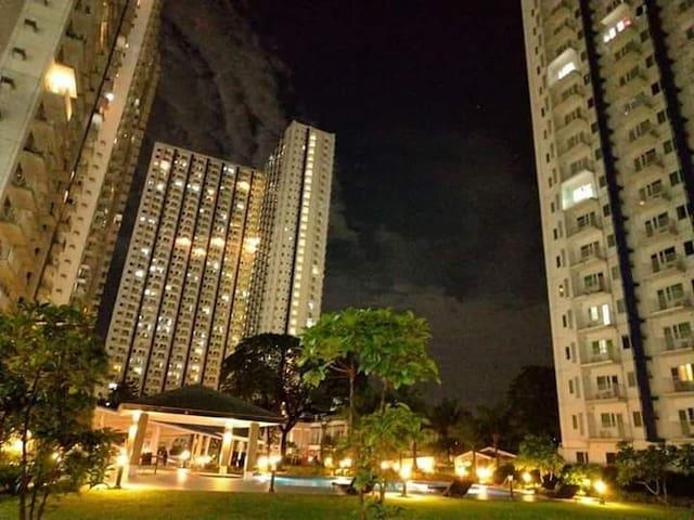 1 BR unit Ivy's Crib Grass Residences Quezon City