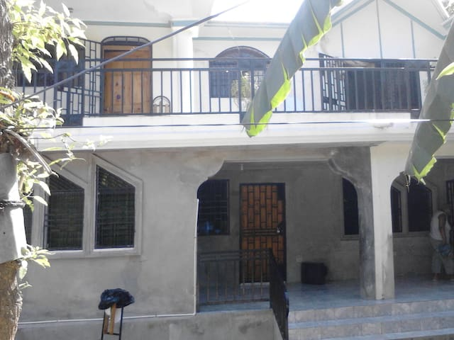Beautiful House In Petit Goave!!!   - Petit Goave - Casa