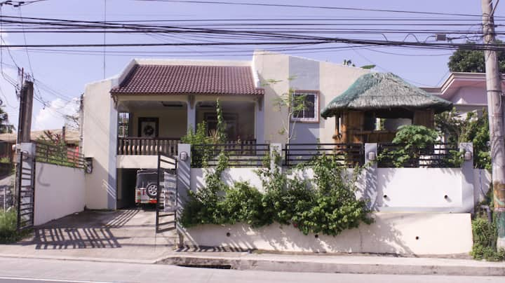 4BR house in Batangas City, w/ Wifi+Netflix