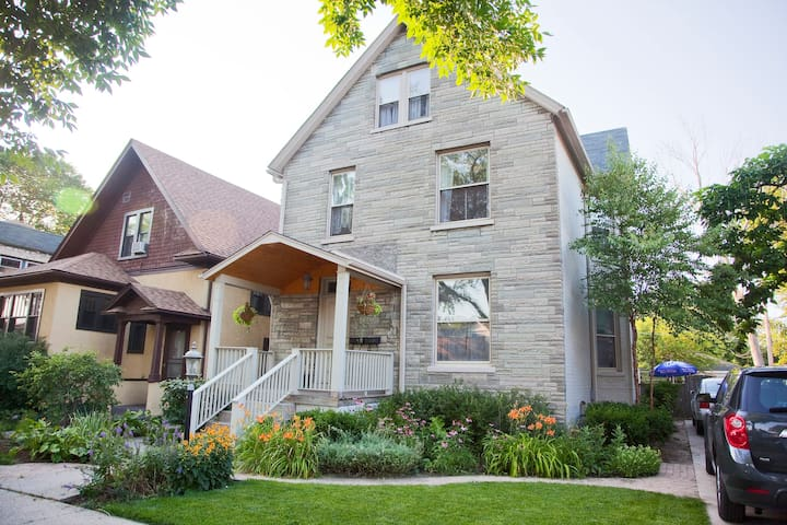 Great place to stay in Evanston! - Apartments for Rent in Evanston ...