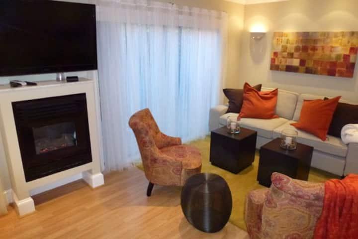 Cozy Garden Apartment with a Private Entrance