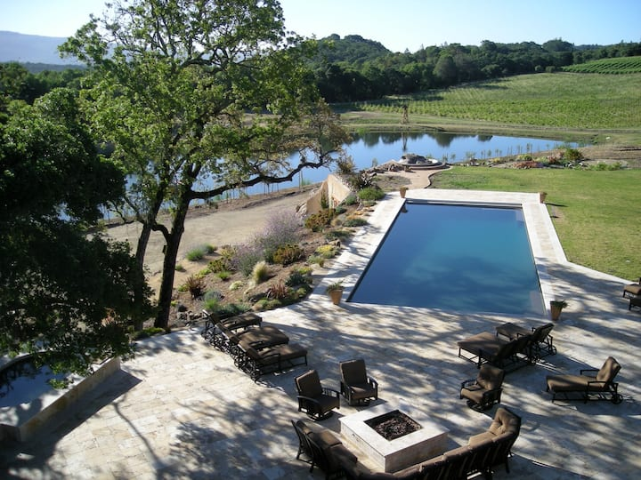 33 Acre Wine Estate,Lake,Waterslide
