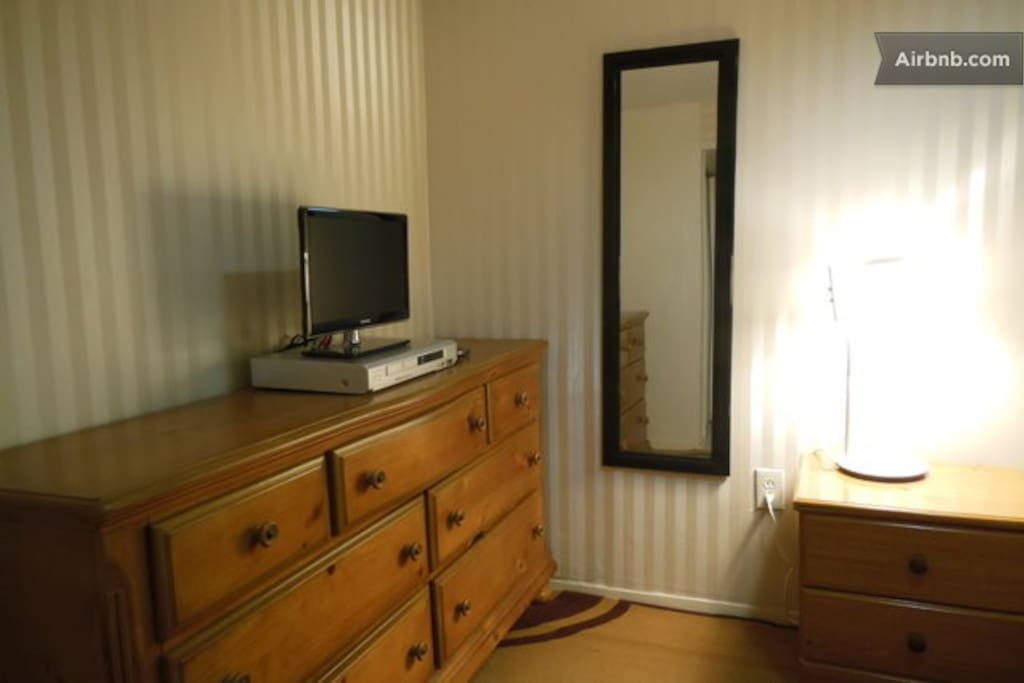 Ellie's Place Single Room Deal 2