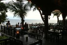 La Mer Seafood Restaurant.  Khoa Takiab