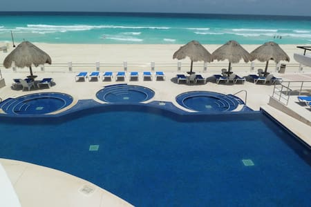 OCEANFRONT Hotel Zone Cancun