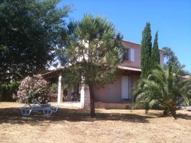 Villa T4 Biguglia 7 couchages - Biguglia - Hus