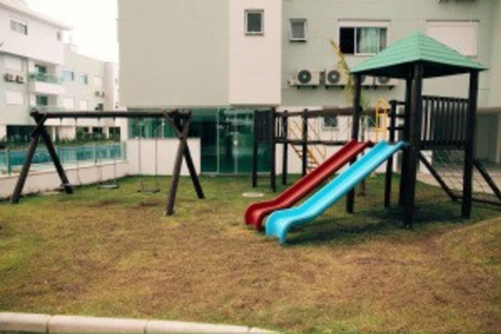crianças play ground