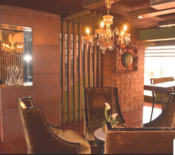 THE COURT PLAZA. w/ private toilet & mini kitchen