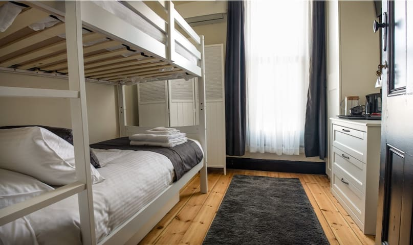 Wellington Hotel Boutique Accommodation (R3)