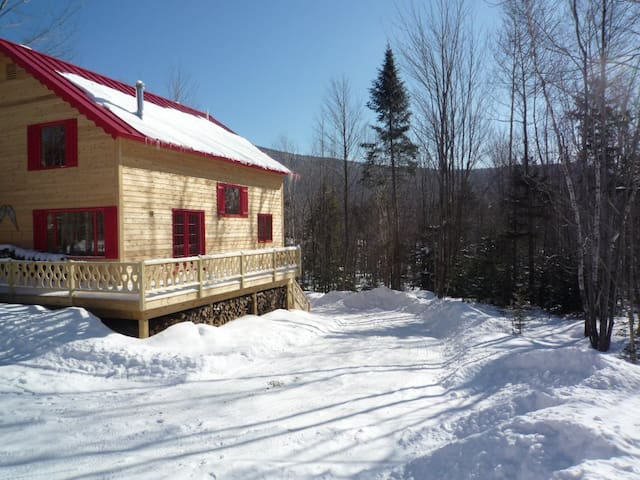 Beautiful Chalet in Northern Vermont near Jay Peak - Westfield - Casa de campo