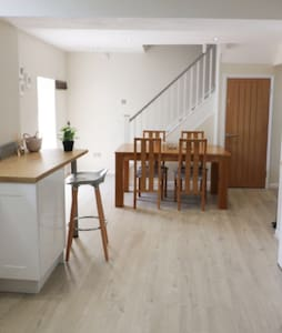 A delighful two storey holiday apartment in Tenby