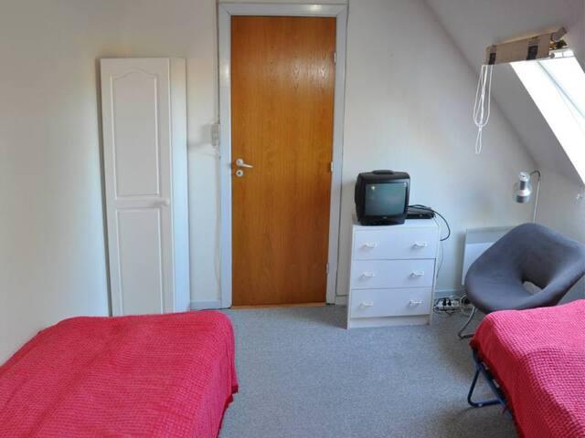 Mellergaarden BNB room 1 - Brønderslev - Houten huisje