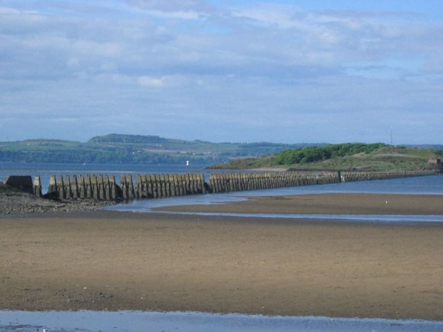 Cramond Beach & Island you can walk to when tide is out