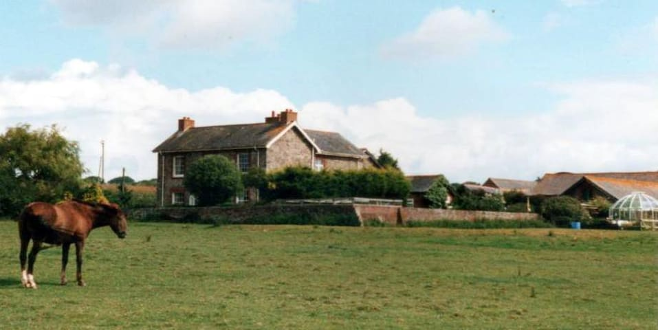 QUENTANCE FARM B&B and SELF CATERING