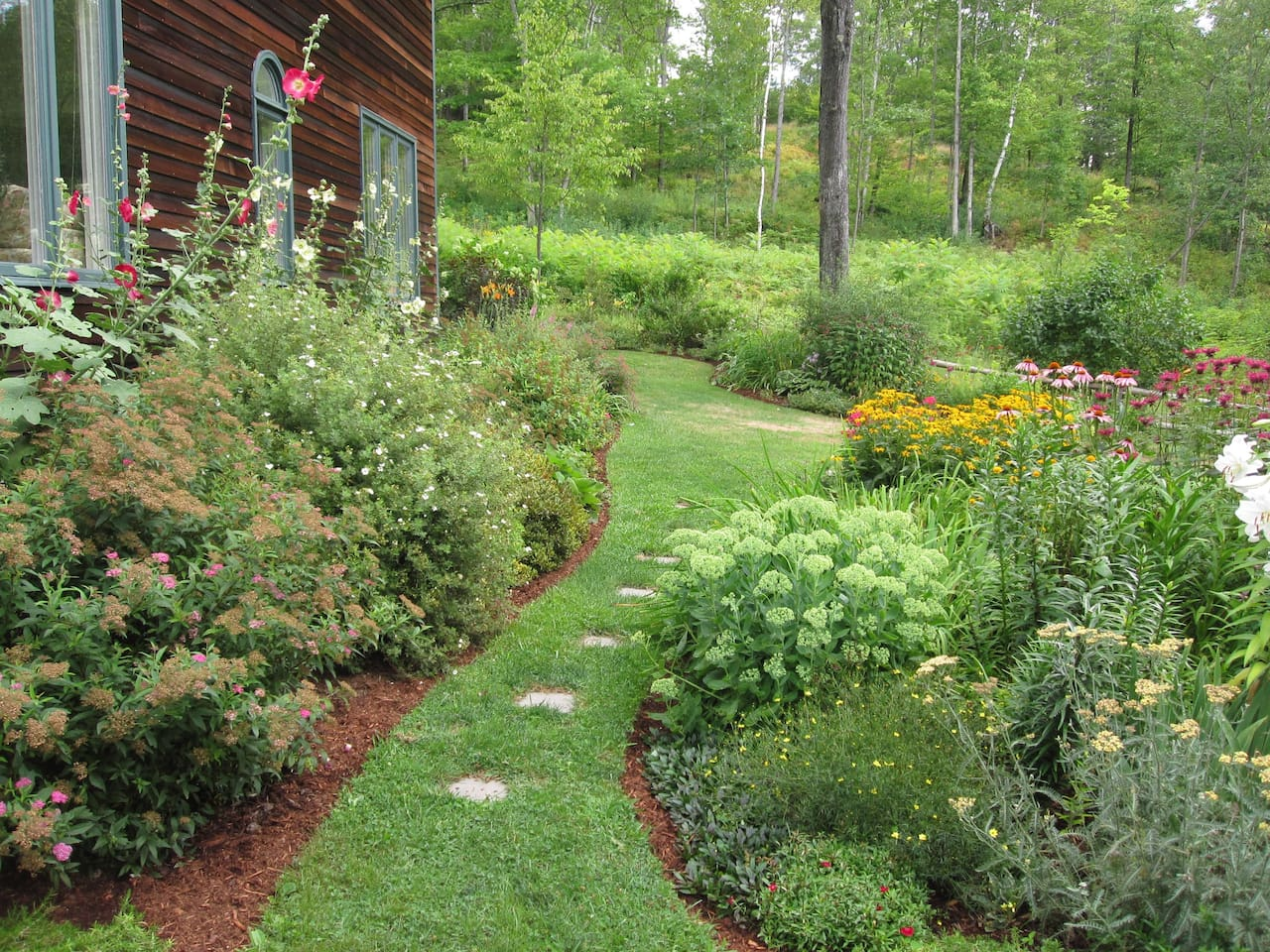 gardens woods village and swimming hole houses for rent in