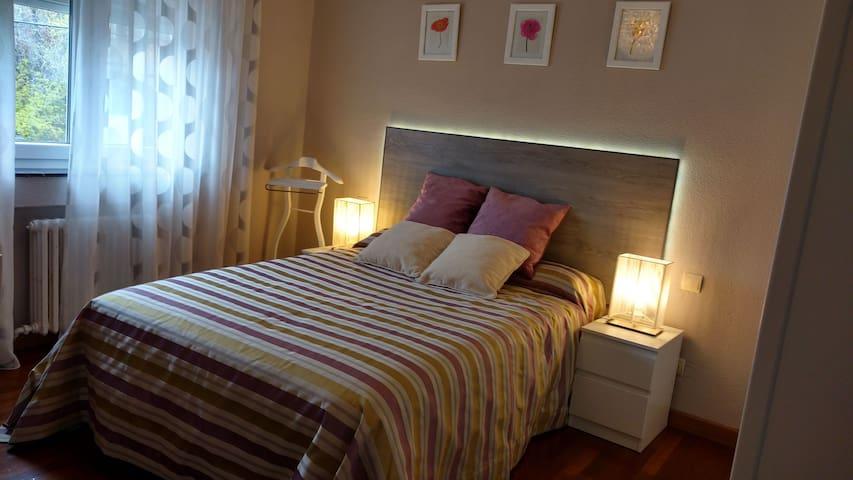 Habitación en adosado (WiFi+Netflix)