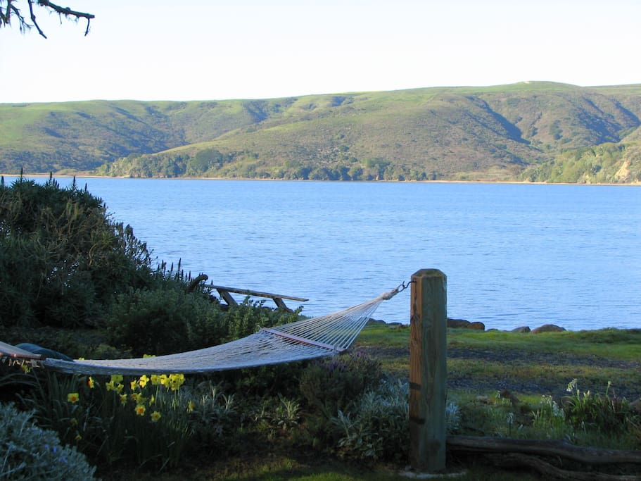 Barracca on tomales bay pt reyes station marshall houses for Point reyes cabine