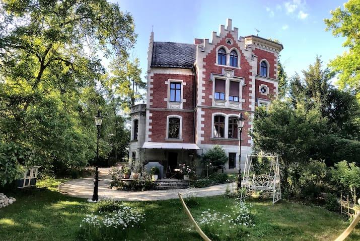 Ferienappartement in der Villa Hein