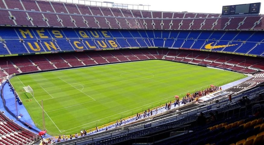Camp Nou - 30 min by subway