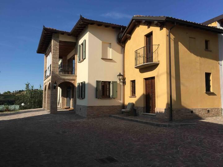 Borgo Sfogliata - casa di Milia