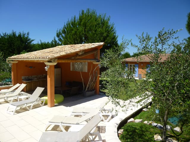 Le Clos de la Martellière Provence, Confort Espace - Vernègues - Dom