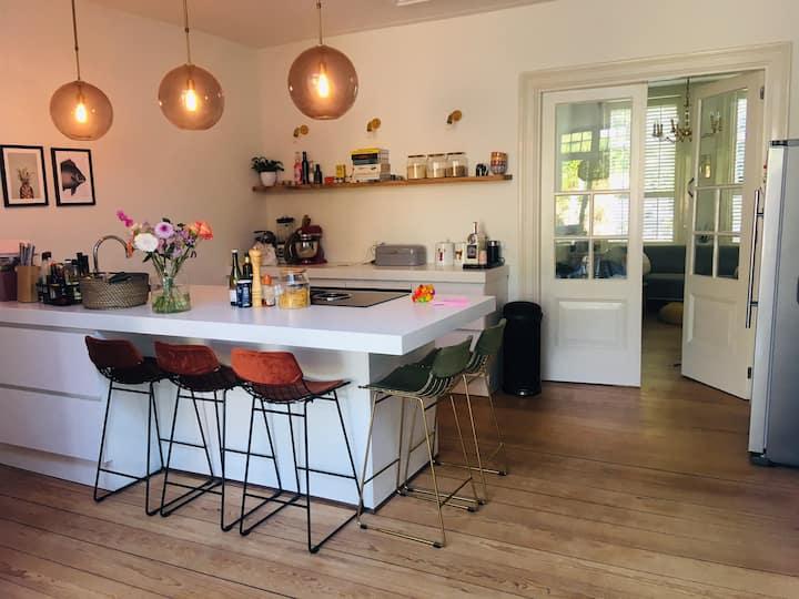 Bright family home close to Zandvoort & Amsterdam!