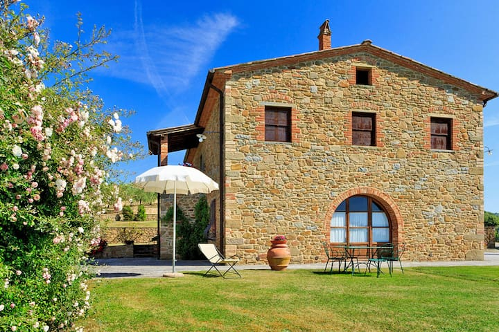 House Podere Camperchi for 8 persons