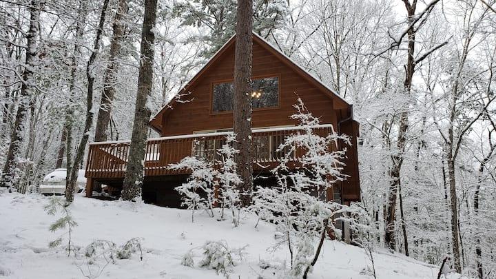Hidden Creek Mountain Cabin.
