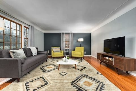 The Mid-Century Modern Shaker Heights Experience