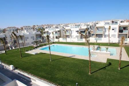Luksus Punta Prima Orihuela Costa, Spania - Apartament