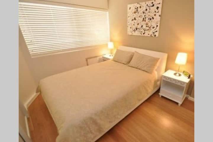 SYDNEY CBD City Centre 2 bedrooms Perfect Location
