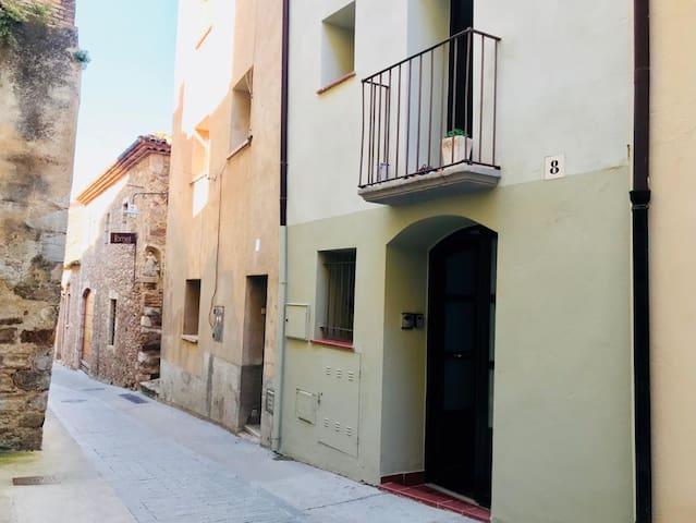 House in the heart of Peralada (Costa Brava)