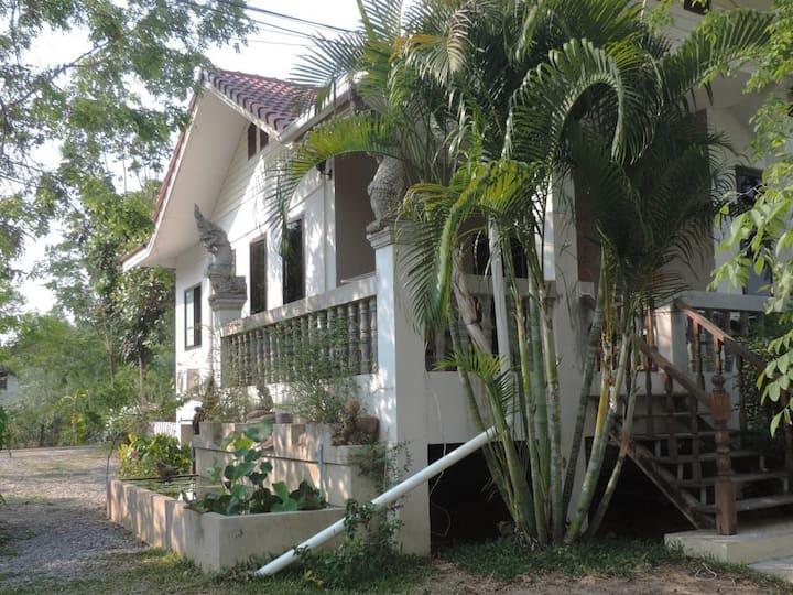 Moon River Resort Phimai # 1 A