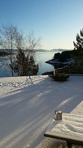 Brilliant seaview flat in house #gulenakken - Liaskjæret  - Flat