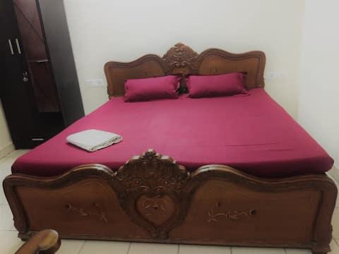 Rose Wilder: Comfy Room |North Delhi