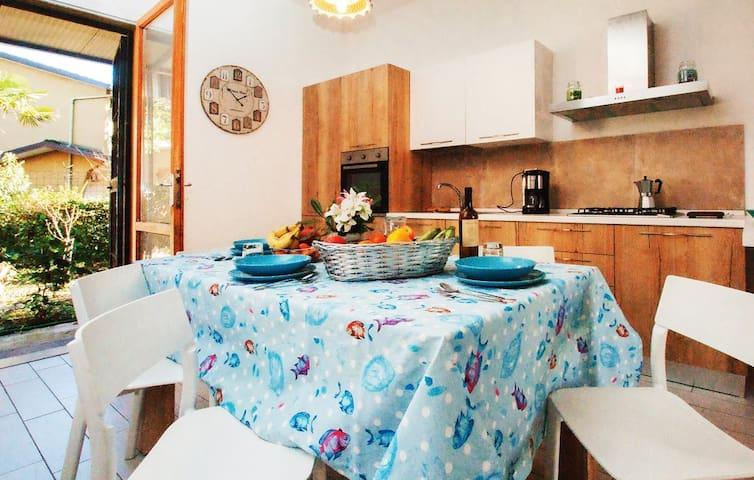 Casa Vacanze Zadina (Cesenatico) 300mt mare (wifi)