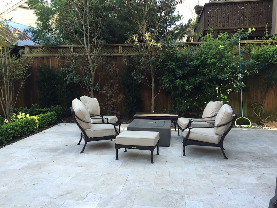 Outdoor Lounge Area with fireplace