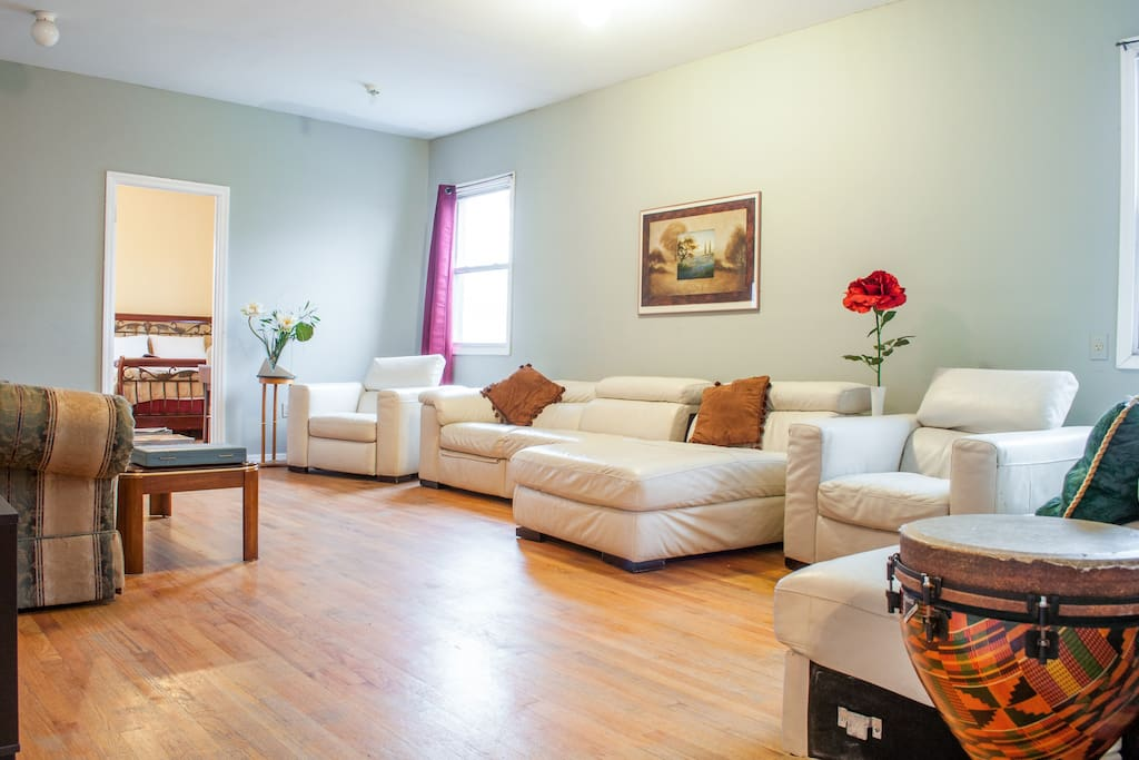 Convenient room for 3 near NYC